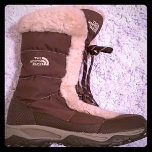 The North Face Boot brown w/beige fur
